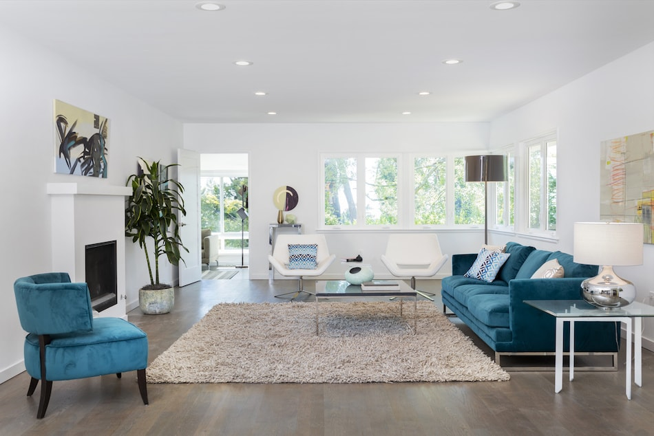 Hiring Furniture to help you to sell a Property