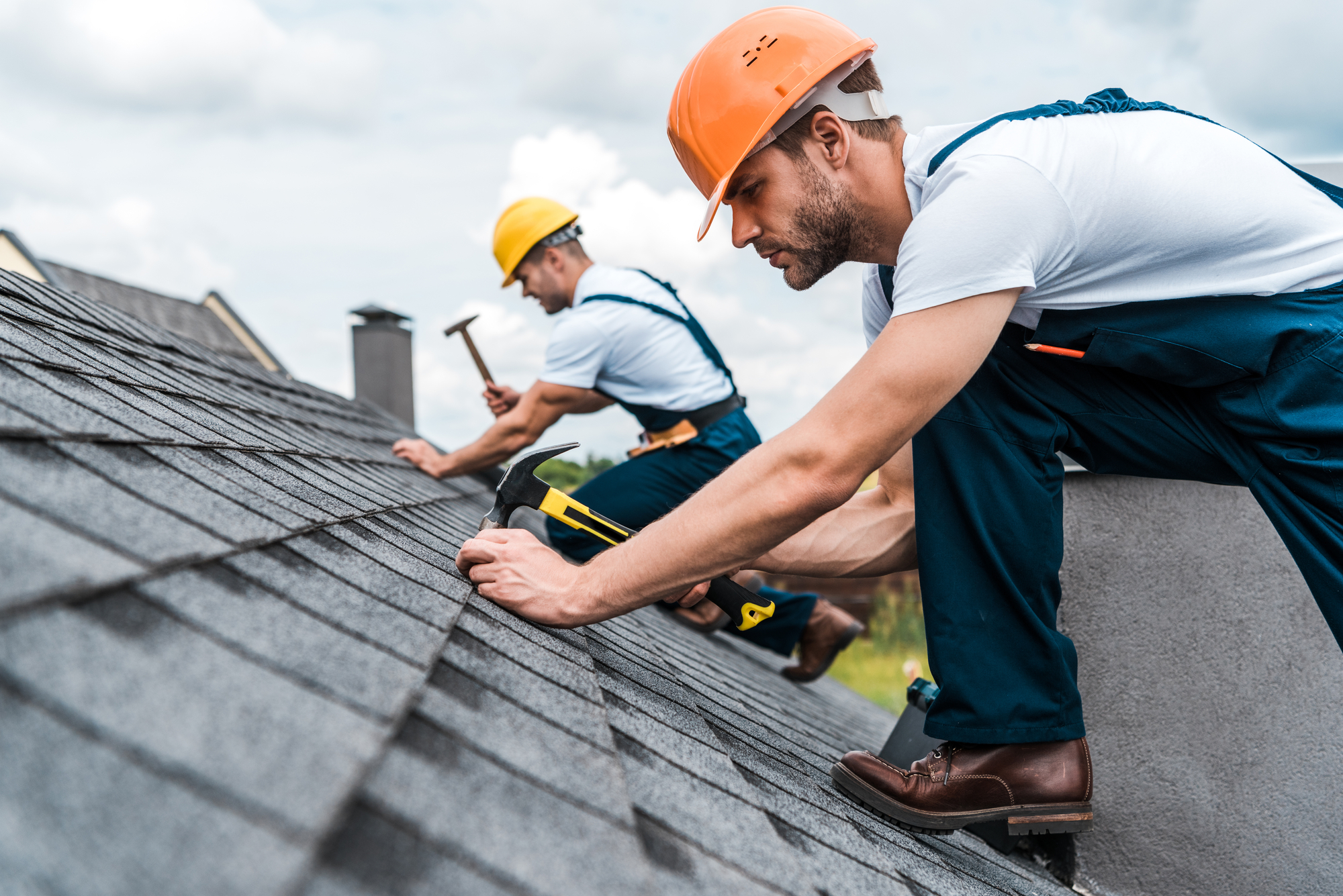 Important points to consider before hiring roofing contractors Raleigh NC